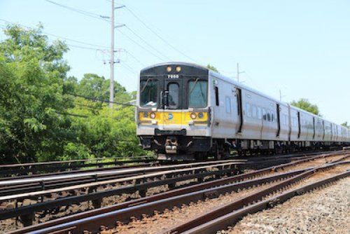 LIRR: West Side Shop appears to be behind / M of E Department hirings